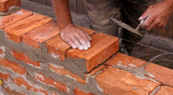 Кирпичная кладка стен в Казани цена