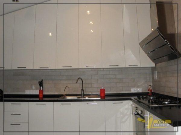 Отделка кухни 14 м2