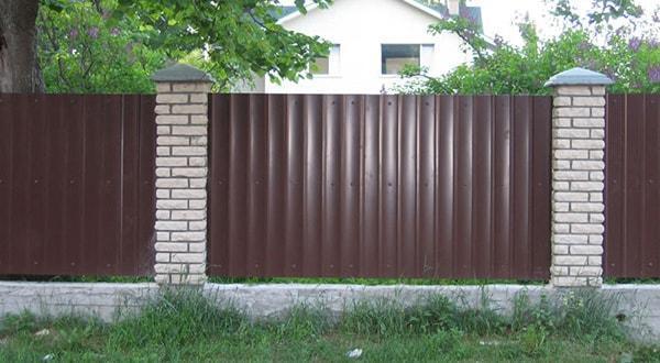 заборы в Казани, забор из профнастила Казань цены под ключ